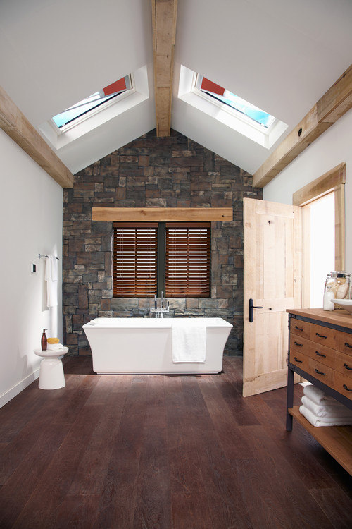 4-the-grand-bathroom 14 Beautiful Beach Cottage Bathroom Designs