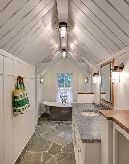 5-Narrow-Yet-functional 14 Beautiful Beach Cottage Bathroom Designs