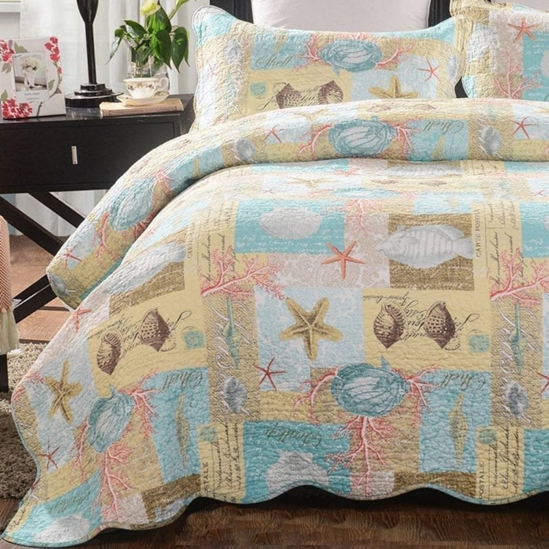 mixinni-Seashell-Beach-Bedding-Set-Queen-Beach-Theme-Quilt-Set-With-Shams-Shell-Print-Pattern-Ocean-800x800 Best Surf Bedding and Comforter Sets