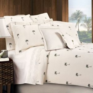 white-bedding-set-with-palm-trees-15-300x300 Ultimate Guide to Beach Themed Bedding Sets