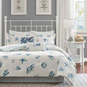 white-with-shells-bedding-set-6-300x300 Ultimate Guide to Beach Themed Bedding Sets