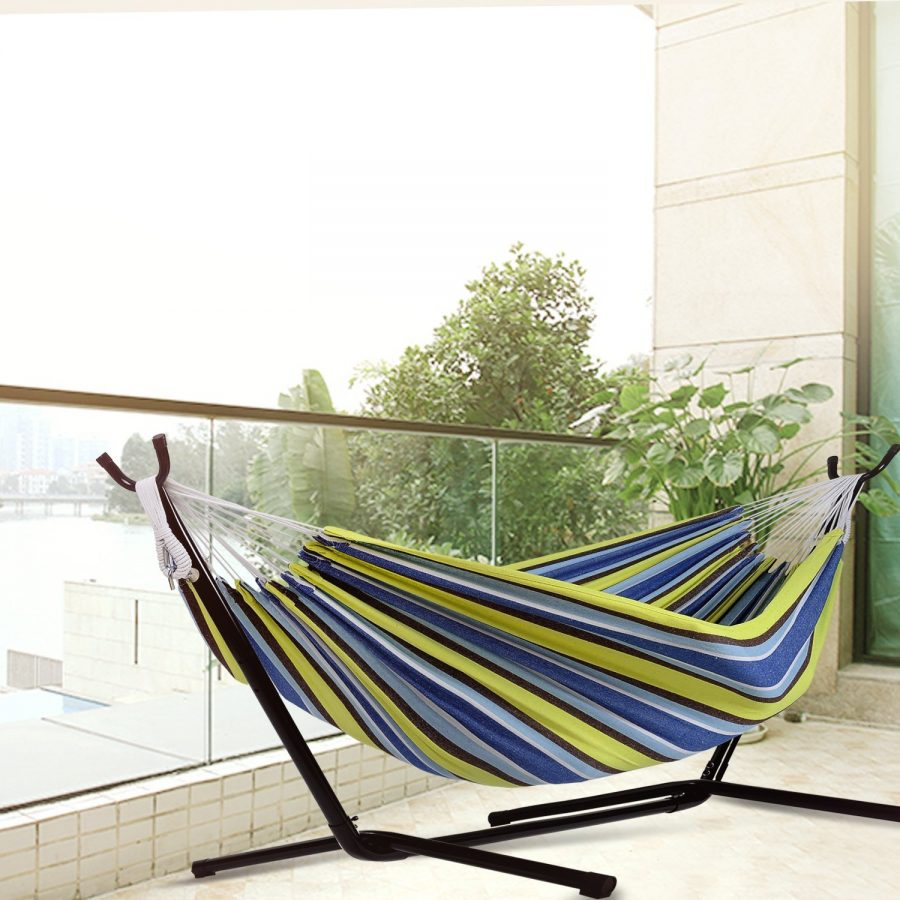 outdoor-hammock-11 The Ultimate Guide to Outdoor Hammocks