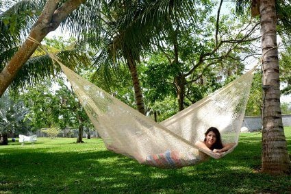 outdoor-hammock-1a The Ultimate Guide to Outdoor Hammocks