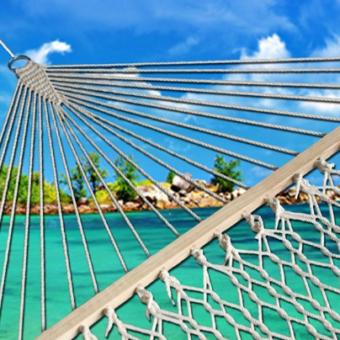 outdoor-hammock-beach-340x340 The Best Outdoor Hammock Options You Can Buy