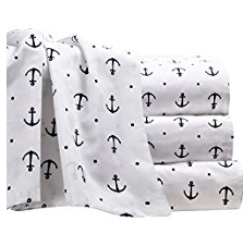 12-black-anchors The Ultimate Guide to Nautical Bedding Sets