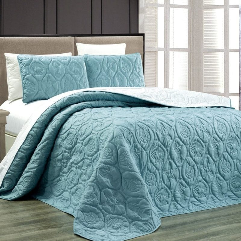 tropical-coast-seashell-coverlet-800x800 Best Tropical Bedding Sets