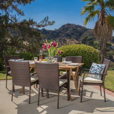 2-outdoor-teak-furniture-set 20 Of Our Favorite Outdoor Teak Furniture Sets