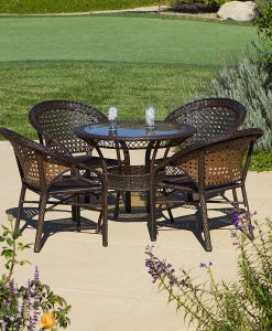 4-round-5pc-avondale-wicker-dining-set-247x300 The Best Wicker Dining Sets You Can Buy