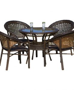 4b-round-5pc-avondale-wicker-dining-set-247x300 The Best Wicker Dining Sets You Can Buy