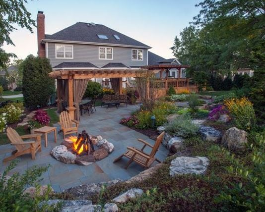 7-Bridges-Woodridge-IL-by-Rolling-Landscapes-Inc 51 Teak Outdoor Furniture Ideas