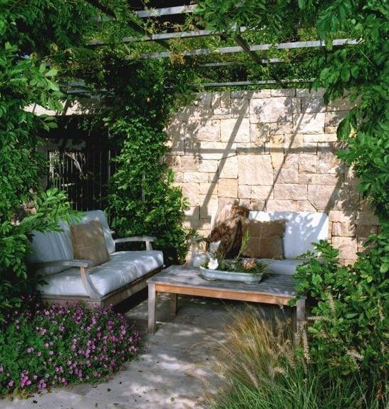 Lagoon-Residence-at-Belvedere-by-Sutton-Suzuki-Architects 51 Teak Outdoor Furniture Ideas