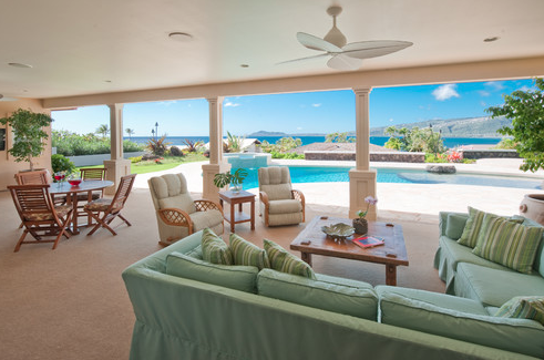 Lanai – Coastal Hawaiian Themed Patio