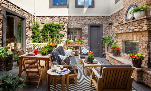 27 Beautiful Beach-Inspired Patio Designs
