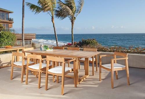 contemporary-patio-1 51 Teak Outdoor Furniture Ideas