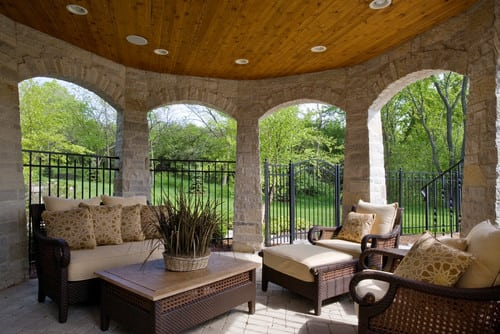 traditional-porch-1 Best Wicker Patio Furniture Sets