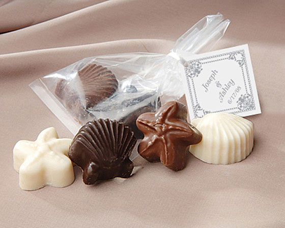 Chocolate-Shell-and-Starfish-Favor-with-Personalized-Tag The Best Beach Wedding Favors You Can Buy