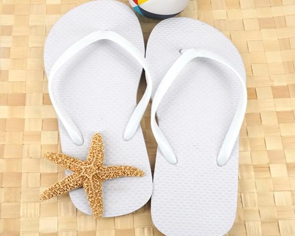 Wedding-Flip-Flops The Best Beach Wedding Favors You Can Buy