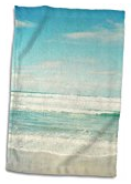 beach-scene-hand-towel Best Beach and Coastal Kitchen Decor