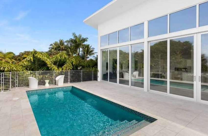 miami beach home pool deck