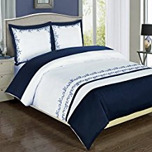 Navy-and-White-Amalia-3-piece-Full-Queen-Comforter-Cover The Best Nautical Duvet Covers You Can Buy