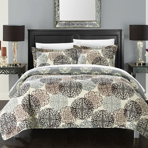 Kelsie-Boho-Inspired-Reversible-Quilt-Set Bohemian Bedding and Boho Bedding Sets