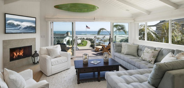 ashton-kutcher-mila-kunis-beach-home-1 Photos From Mila Kunis and Ashton Kutcher's Beach Home