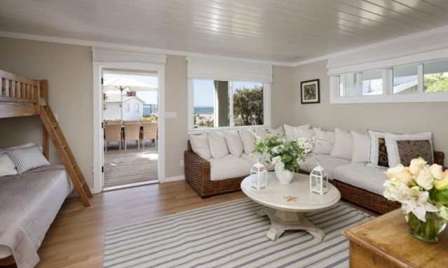 ashton-kutcher-mila-kunis-beach-home-6 Photos From Mila Kunis and Ashton Kutcher's Beach Home