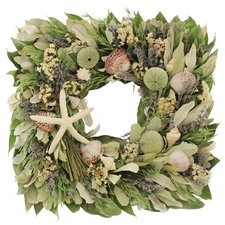 beach-house-green-wreath-17 Beautiful Outdoor Beach Wreaths For Your Door