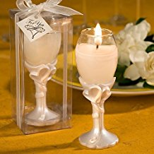 champagne-flute-candle-wedding-favors Best Candle Wedding Favors You Can Buy