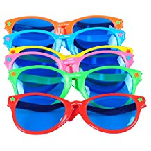 colorful-jumbo-sunglasses-for-party-favors Best Sunglasses Wedding Favors You Can Buy