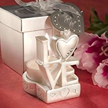 love-and-heart-design-candle-wedding-favors Best Candle Wedding Favors You Can Buy