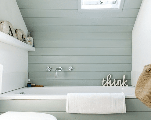 1960s-House-by-Gabriel-Holland-Interior-Design 101 Beach Themed Bathroom Ideas
