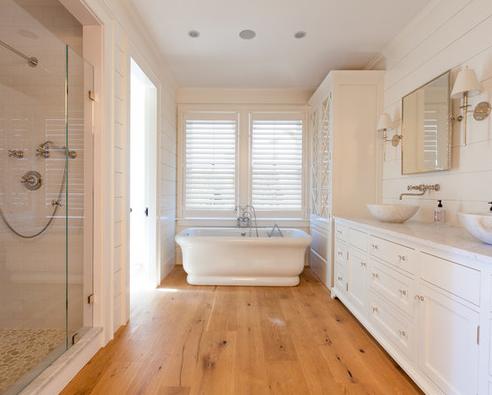 Cliff-Road-Area-Nantucket-2-by-Jonathan-Raith-Inc 101 Beach Themed Bathroom Ideas
