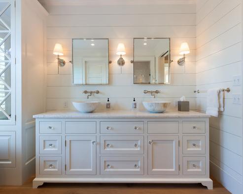 Cliff-Road-Area-Nantucket-by-Johnathan-Raith-Inc 101 Beach Themed Bathroom Ideas