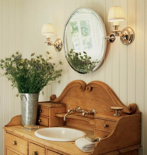 Easton-House-by-Patrick-Sutton 101 Beach Themed Bathroom Ideas