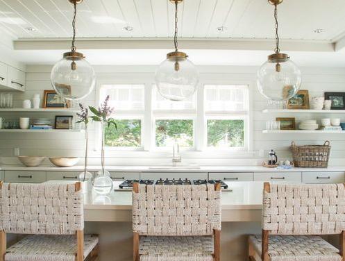 Nantucket-Cottage-Kitchen-by-Jill-Howard-Design-Studio 101 Beautiful Beach Cottage Kitchens
