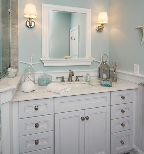 Upper-Brookville-by-Robert-Kocis 101 Beach Themed Bathroom Ideas