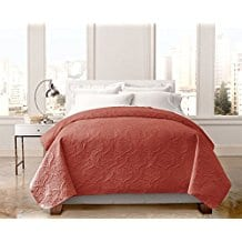 Regal-Home-Collections-English-Manor-Lacey-Pinsonic-Quilt-Coral Coral Bedding Sets and Comforters