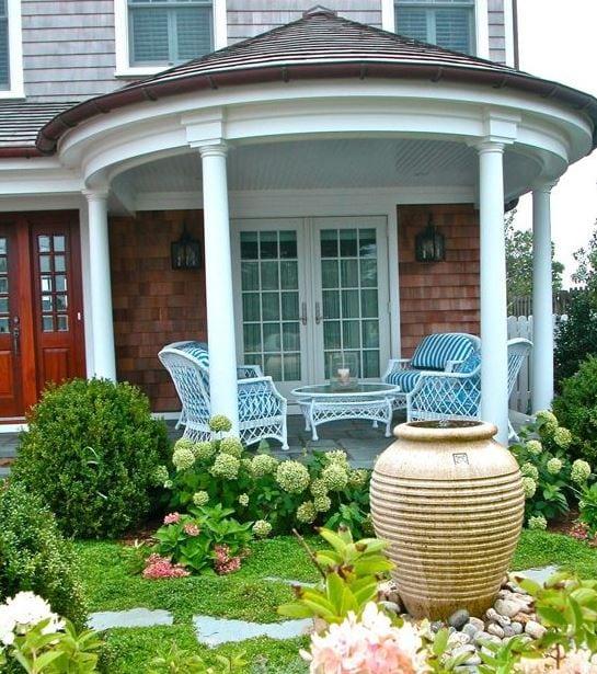 White-Wicker-Patio-Furniture-Design-by-Liquidscapes Best White Wicker Furniture