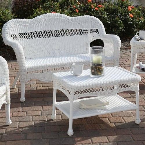 white-wicker-loveseat Best White Wicker Furniture