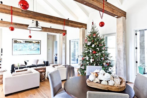 Contemporary-Family-Room-by-Cortney-Bishop-Design 25+ Beach Christmas Decorating Ideas