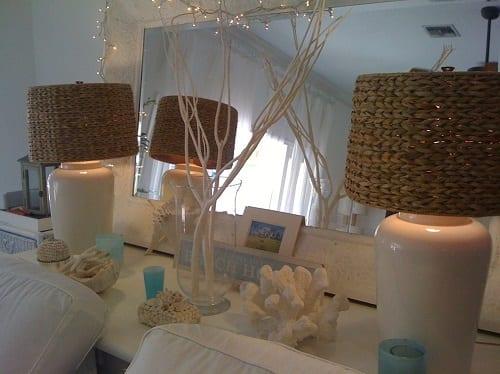 Florida-Style-Christmas-Decorations-by-Suzanne-Pignato 25+ Beach Christmas Decorating Ideas