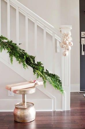 Stoll-Christmas-House-by-Falken-Reynolds-Interiors 25+ Beach Christmas Decorating Ideas