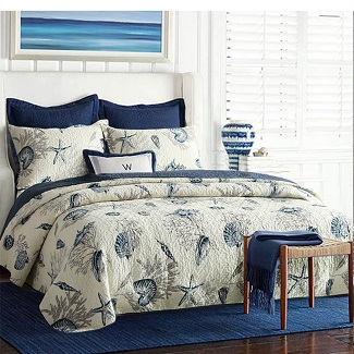 nautical-queen-quilt-with-seashells Nautical Bedding Sets & Nautical Bedspreads