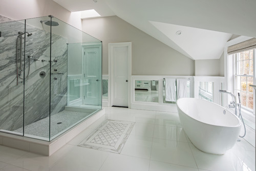 16-modern-beach-bathroom-with-huge-shower 100+ Beach Bathroom Decorations