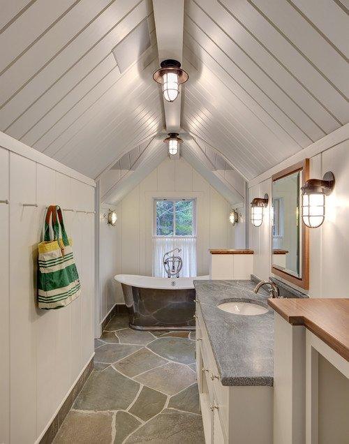 5-Narrow-Yet-functional 50+ Beach Cottage Bathroom Ideas