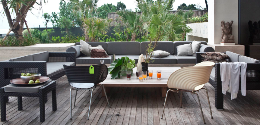 Create Elegant Comfort with Modern Outdoor Furniture