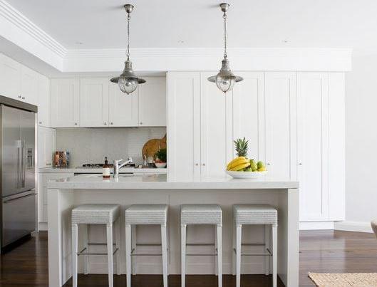 Lurline-Bay-by-Denai-Kulcsar-Interiors 101 Indoor Nautical Style Lighting Ideas