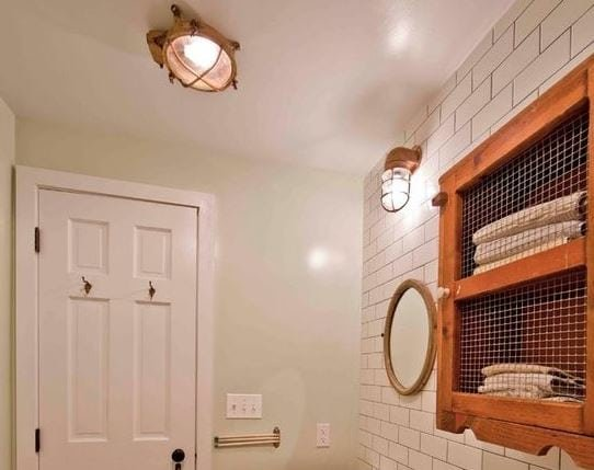 Parkslope-Townhouse-by-Grant-Davis-Thompson-In 101 Indoor Nautical Style Lighting Ideas