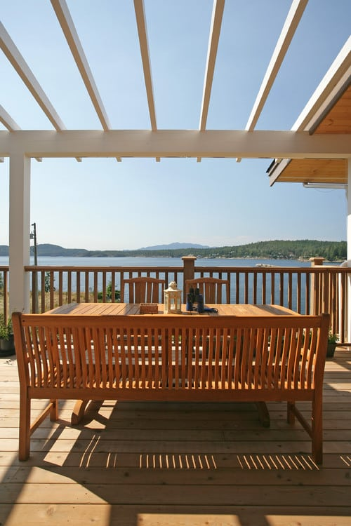 beach-style-deck-2 100+ Outdoor Teak Benches
